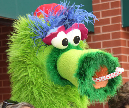 phanatic head.jpg
